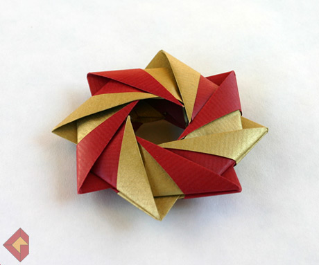 Ring designed and folded by Grzegorz Bubniak