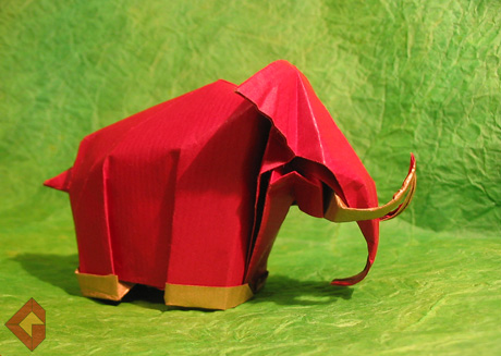 Mammoth designed and folded by Grzeogrz Bubniak